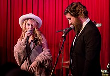 casey abrams and haley reinhart married