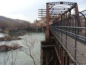 B & O Railroad Potomac River Crossing - Image: Harpersferry bridge