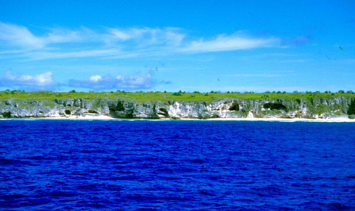 South Pacific Island Resort Jomalig