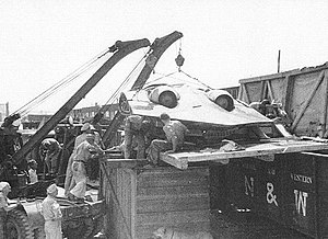Horten Ho 229 - Unloading of captured Horten Ho 229 V3 in the USA