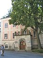 House opposite Pfarrkirche Weitra 10.jpg