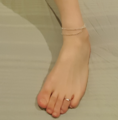 Human foot with a toe ring and anklet.png