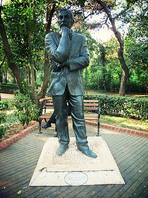 İlhan Selçuk - Image: Ilhan selcuk statue