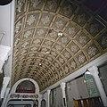 Interieur, plafond in de kapel, tongewelf, cassetteplafond - Nieuwkuijk - 20334876 - RCE.jpg