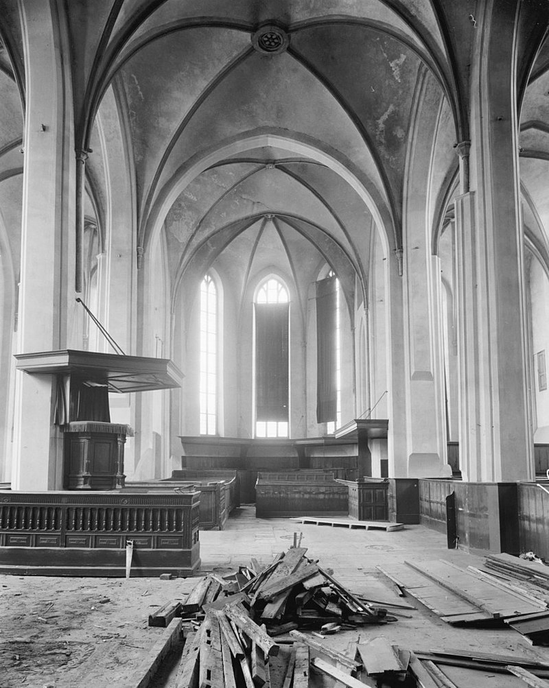 Grote of sint stephanuskerk in hasselt monument for Interieur hasselt