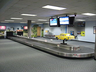Kalamazoo/Battle Creek International Airport - Interior of the old terminal at the Kalamazoo Airport