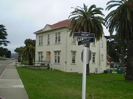From 1996 to 2009, headquarters were in the Presidio of San Francisco, a former U.S. military base Internet Archive headquarters exterior February 2008.jpg