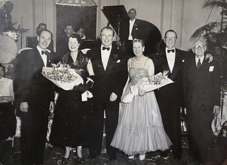 Jack Warner (actor) - Mr and Mrs Warner photographed at the Granville Hotel, Ramsgate, with proprietors and friends William and Florence Hamilton, EKT 8 April 1953