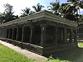 Jain temple at Sultan Bathery Kerala India 33.jpg