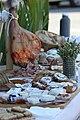Jambon et banons en Haute Provence.jpg