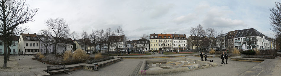 Jamnitzerplatz Panorama 01.jpg