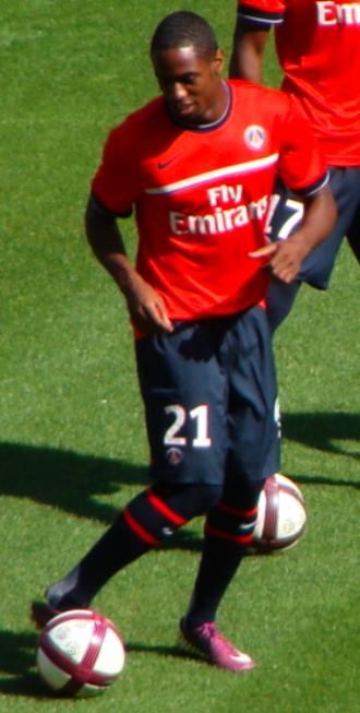 Jean-Eudes Maurice - Maurice playing for Paris Saint-Germain in 2011