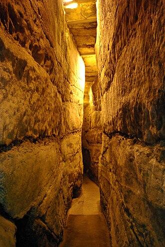 Western Wall Tunnel - Narrow passage in Western Wall tunnel