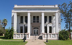The Jim Hogg County Courthouse in Hebbronville