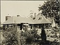 John Sullman and family, front yard, Ingleholme.jpg