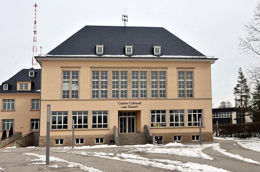 """De Centre culturel """"Am Duerf"""", op Nr 8 rue du Village zu Jonglënster."""