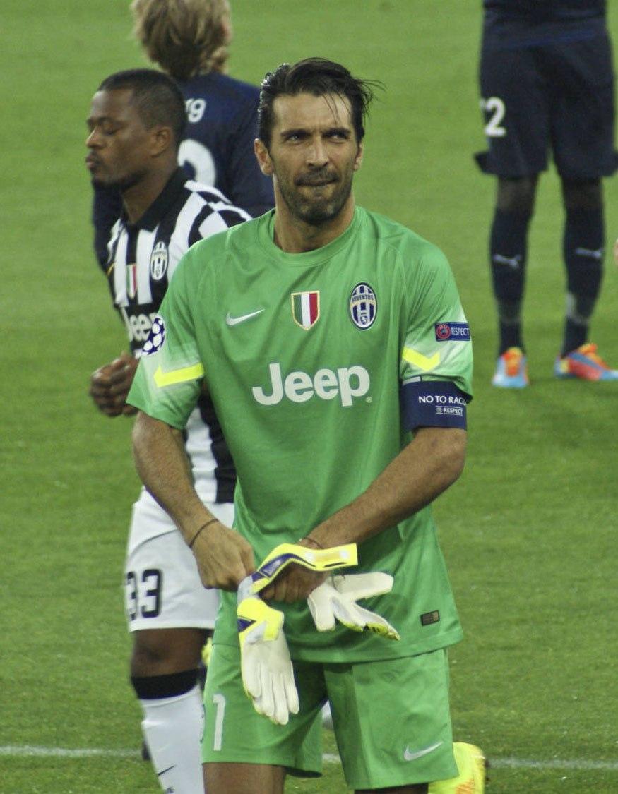 Juventus vs Malmoe, 2014, Gianluigi Buffon - CROP (2)