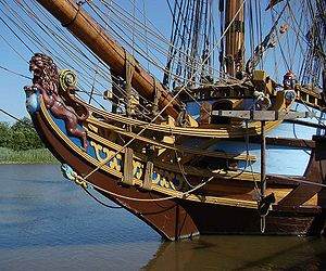 The bow of the Kalmar Nyckel, a replica built ...