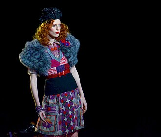 Karen Elson - Elson models at an Anna Sui show in 2011.