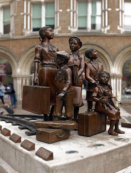Из Данцига в Иерусалим через Лондон - бегство из Польши, произошедшее 80 лет назад