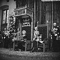 Koningin Juliana leest de troonrede voor. Aan haar zijde zit prins Bernhard, Bestanddeelnr 920-7199.jpg