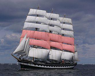 Topsail - Image: Krusenstern topsails