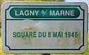 L3301 - Plaque de rue - Square du 8 mai 1945.jpg
