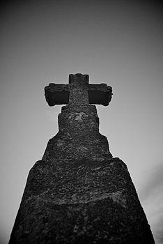 La croce lungo il cammino del Tratturo.jpg