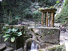 Las Pozas - Edward James Surrealist Garden - San Luis Potosi - Mexico - 11 (31485323327).jpg