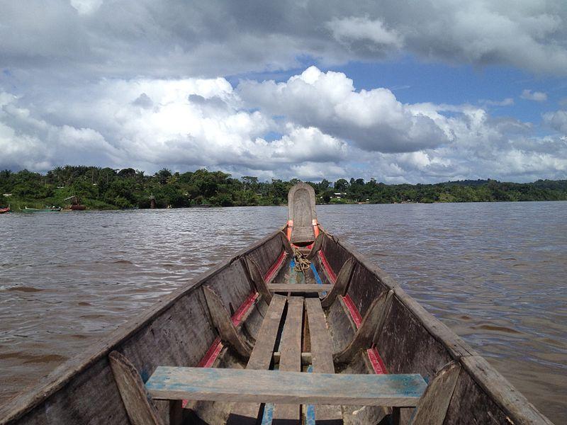 A pirogue cruising from Maripasoula to Suriname over Lawa River