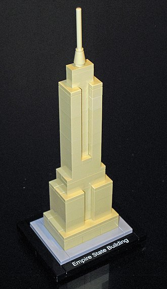 Lego Architecture - Image: Lego Architecture 21002 Empire State Building (6981132780)