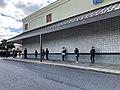 Line outside Rockville Trader Joe's COVID-19 2020-05-10.jpg