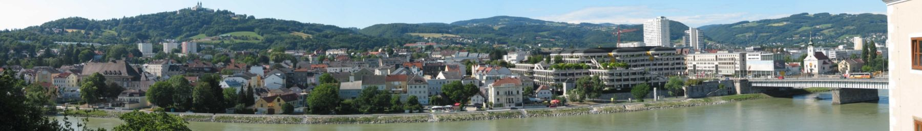 Panoramic view of Linz and Pöstlingberg