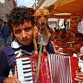 Lisboa playing with his dog (3066378363).jpg