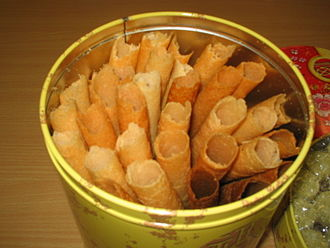 Biscuit roll - Image: Love Letters (food)