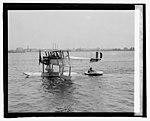 Lt. R.E. Byrd, U.S.N. with rubber life boat, (4-27-25) LCCN2016839690.jpg