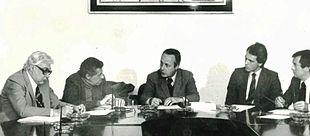 Giorgio Bassani (al centro) in una tavola rotonda con (da sinistra) Luigi Silori, Walter Mauro, Roberto Bettega, Giuseppe Brunamontini