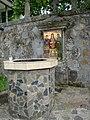 Mănăstirea Stănișoara - Fantana.jpg