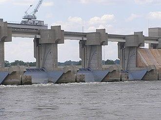 Melvin Price Locks and Dam - Image: MPLD P7100180