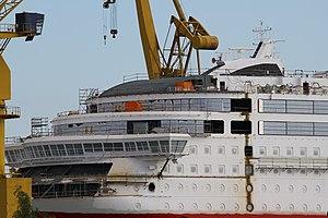 MS Viking Grace, Pernon telakka, Hahdenniemen venesatama, Raisio, 11.8.2012 (16).JPG