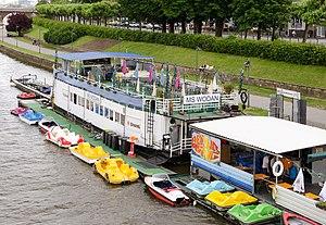 MS Wodan in Frankfurt at the river Main - restaurant ship - Germany - 01.jpg