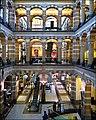Magna Plaza ,Interior view - panoramio.jpg