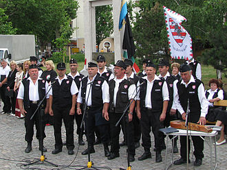 Jobbik - A Magyar Gárda choir sings in Békéscsaba.