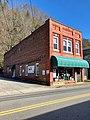 Main Street, Marshall, NC (45773953085).jpg