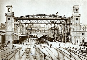 Zürich Hauptbahnhof - Construction of the train shed in 1870.