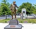 """Major Harold """"Pompey"""" Elliott Statue.jpg"""