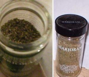 Marjoram - Dried marjoram herb for flavoring