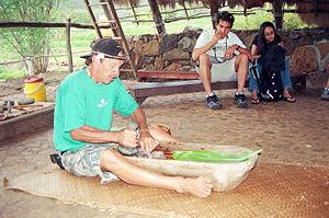 Making Poi in traditional way, Western Oahu ne...