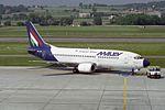 Malev - Hungarian Airlines Boeing 737-3Y0 HA-LED (27523834746).jpg