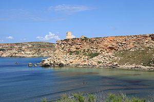 Għajn Tuffieħa Tower - The tower overlooking Għajn Tuffieħa